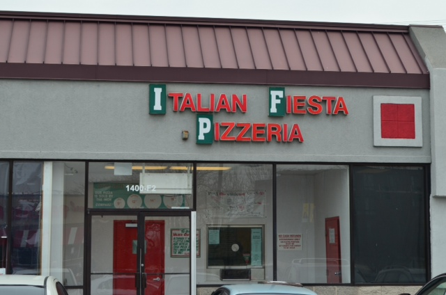 47th street location for Italian Fiesta Pizzeria